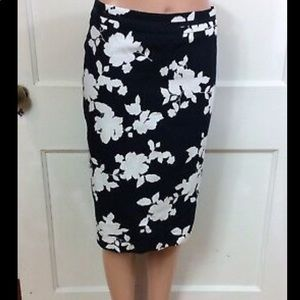 Talbots Navy Floral Pencil Skirt NWT 100% Cotton